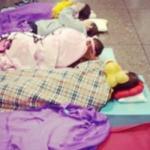 Atlet Renang Tidur Di Lapangan Terbang New York?