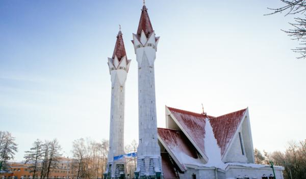 Masjid tanah salji di Siberia